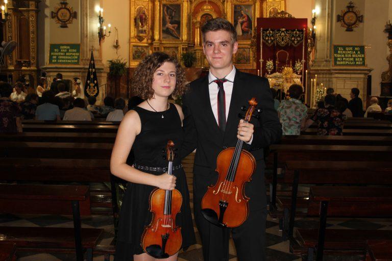 Trestacato y su música en una ceremonia religiosa en Torredelcampo
