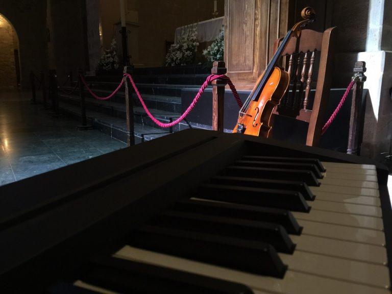 Trestacato y su música en una ceremonia religiosa en Úbeda