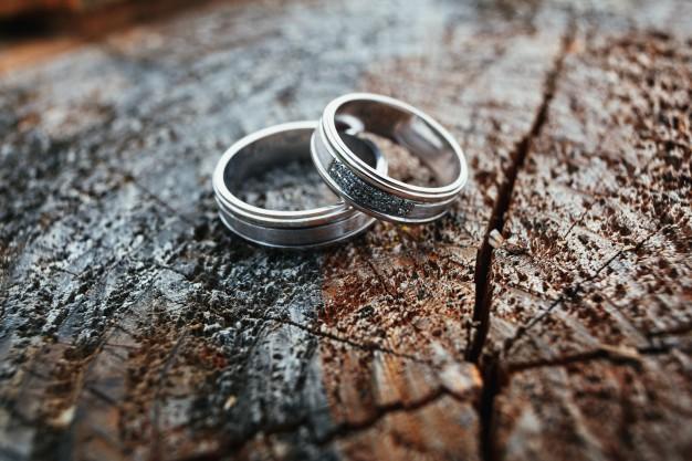 Anillos de boda para ceremonias religiosas
